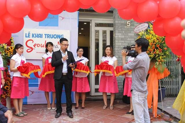 Ông Thanh Bình - Tổng giám đốc Seoul Spa phát biểu giới thiệu về spa tại tiệc khai trương