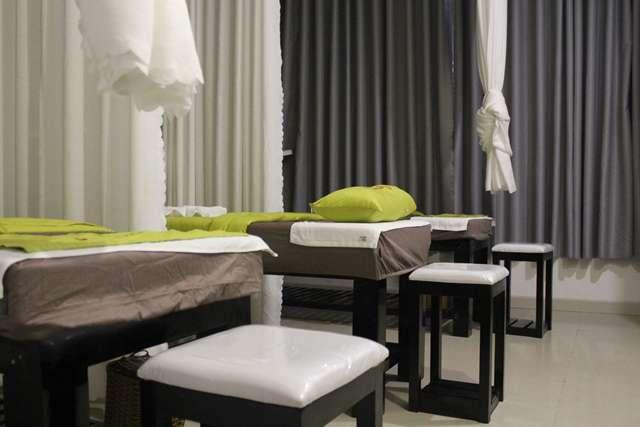 Không gian ấm áp với gam màu xanh tươi trẻ tại spa