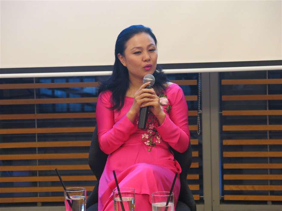Minh Đăng kể lại câu chuyện của mình, ý nghĩa, mục đích dự án Cùng con đi khắp thế gian của cô và con trai