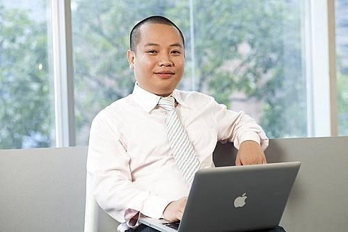 điện thoại 4 sim   Điện thoại độc Alofone Việt Nam