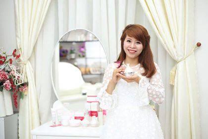 Huyền Thanh - phunuhiendai-4