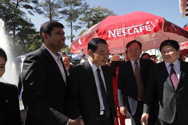 Lãnh đạo cấp cao của Bộ Nông nghiệp và phát triển nông thôn, tỉnh Lâm Đồng và Nestle Việt Nam tại không gian văn hóa cà phê Việt Nam