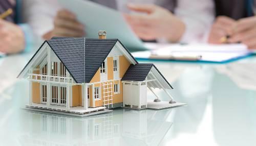 Dù thuê nhà hay vay mua nhà, sửa nhà, chỉ nên dành tối đa 40% thu nhập cho nhà ở - Ảnh: Ck1investmentgroup