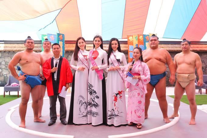 Trần Tiểu Vy diện áo dài đọ dáng với hai Á hậu - 5