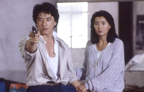Đầu năm 1985, Trương Mạn Ngọc ký hợp đồng với công ty