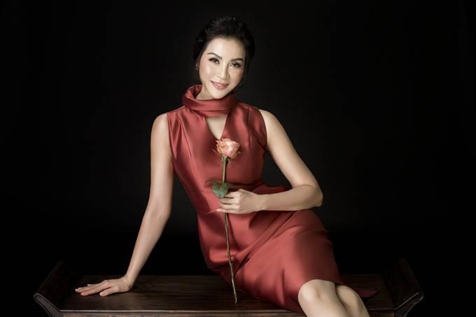 Nhiếp ảnh: Milor Trần, stylist: Đinh Thành Long, trang phục: nhà thiết kế Phương my.