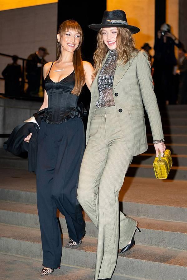 Hai chị em gái siêu mẫu Gigi và Bella Hadid.