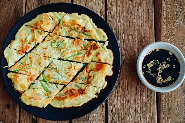 Mách mẹ cách làm bánh xèo Hàn Quốc thơm ngon hấp dẫn cho cả gia đình 3