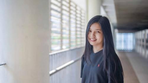 Nữ sinh Nguyễn Diệp Linh