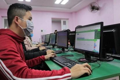 Dân sinh - Kho đề thi miễn phí khổng lồ cho học sinh ôn luyện mùa dịch Covid-19 tại nhà