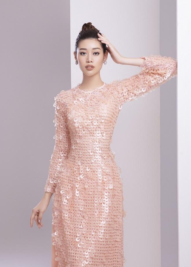Khánh Vân tung ảnh áo dài trước khi thi Miss Universe, xứng danh hoa hậu mặc áo dài đẹp nhất! ảnh 13