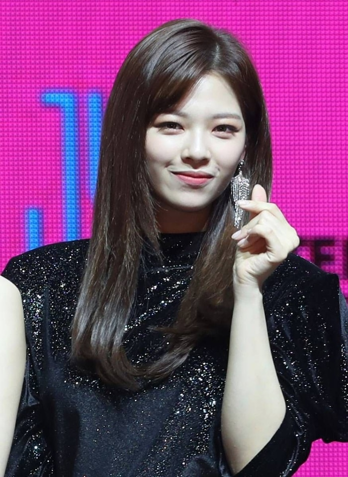 Netizen Hàn bình chọn top 10 idol nữ sở hữu gương mặt hoàn hảo ngay cả khi là nam ảnh 18