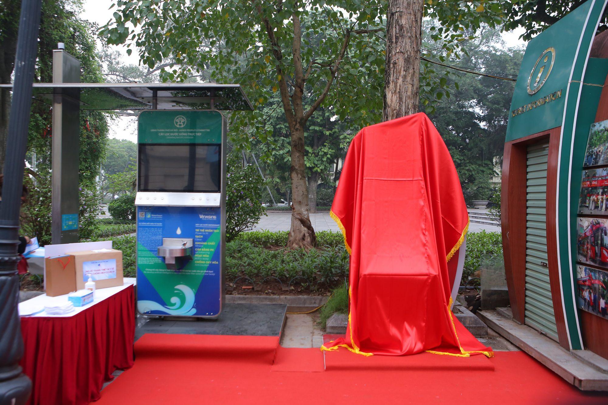 Sức khỏe - Chi Pu làm đại sứ của Quỹ 100 trạm rửa tay dã chiến phòng chống dịch Covid - 19 (Hình 3).