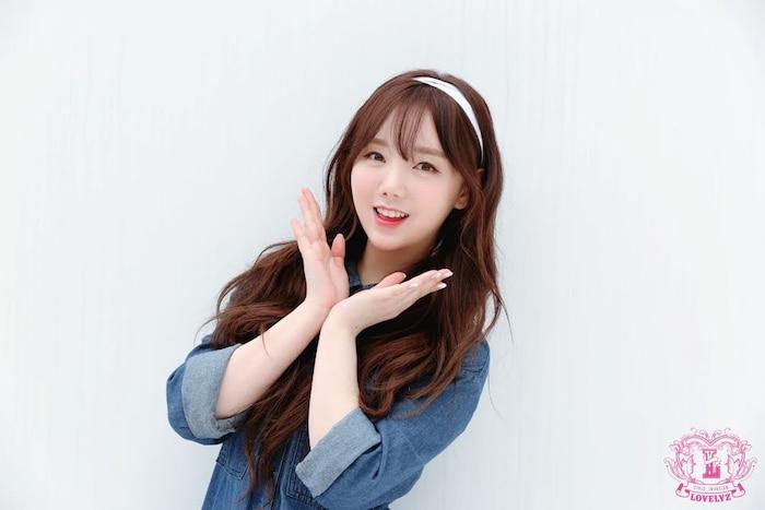 Netizen Hàn bình chọn top 10 idol nữ sở hữu gương mặt hoàn hảo ngay cả khi là nam ảnh 2