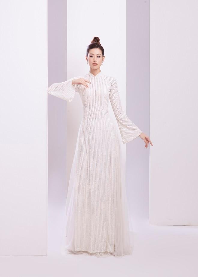 Khánh Vân tung ảnh áo dài trước khi thi Miss Universe, xứng danh hoa hậu mặc áo dài đẹp nhất! ảnh 7