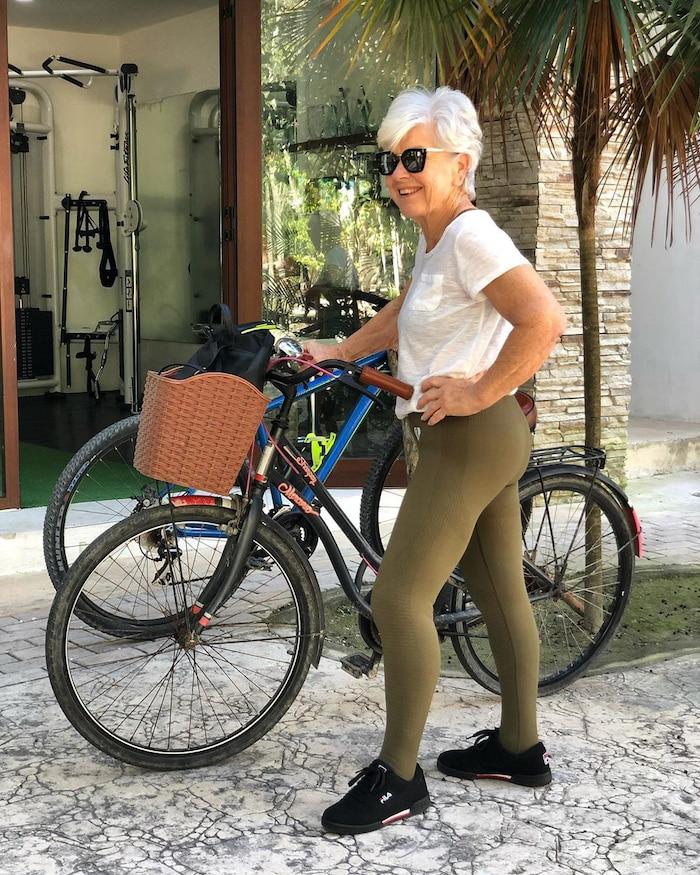 Sốc rớt hàm với cụ bà 73 tuổi tập gym giảm 20 kg trong sáu tháng ảnh 4