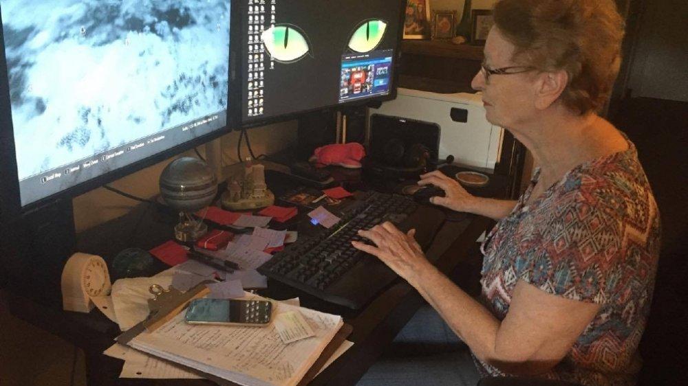 Cộng đồng mạng - Chuyện chưa kể về nữ game thủ già nhất thế giới (Hình 2).