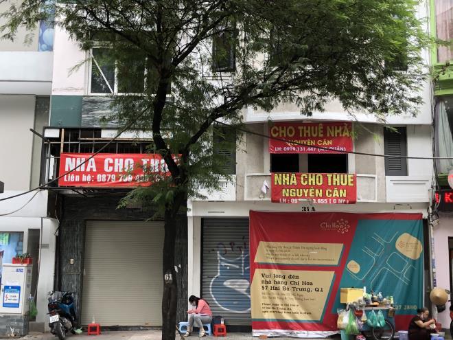 Mặt bằng bán lẻ hậu COVID-19: Nhà phố thất thế, trung tâm thương mại lên ngôi - 1