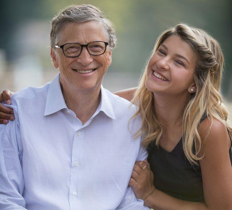 Tỷ phú Bill Gates và con gái.